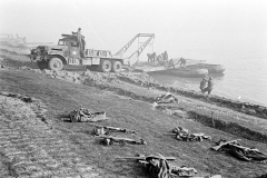 24 march 1945 Bridge building across the Rhine, 17th Armored Engineer Battalion (12)