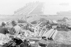 24 march 1945 Bridge building across the Rhine, 17th Armored Engineer Battalion (13)