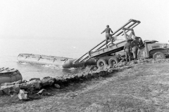 24 march 1945 Bridge building across the Rhine, 17th Armored Engineer Battalion (15)