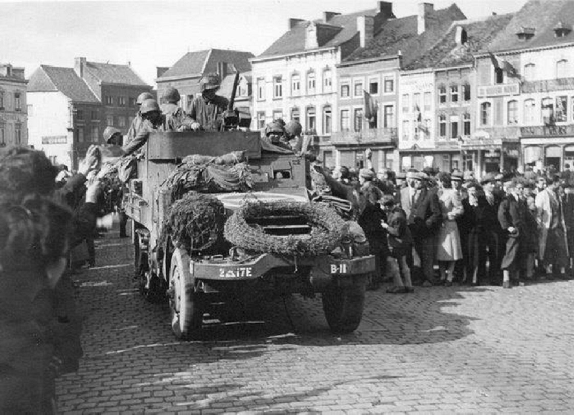 17th Engineer Halftrack B11 in Sint Truiden, België