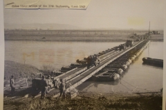 Threadway brug over de rivier de Rijn, Duitsland maart 1945