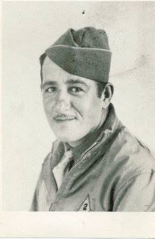 17th-Engineer-Corporal-Ralph-Sirico-in-Noord-Afrika