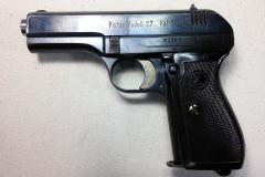 Pistol-left-side