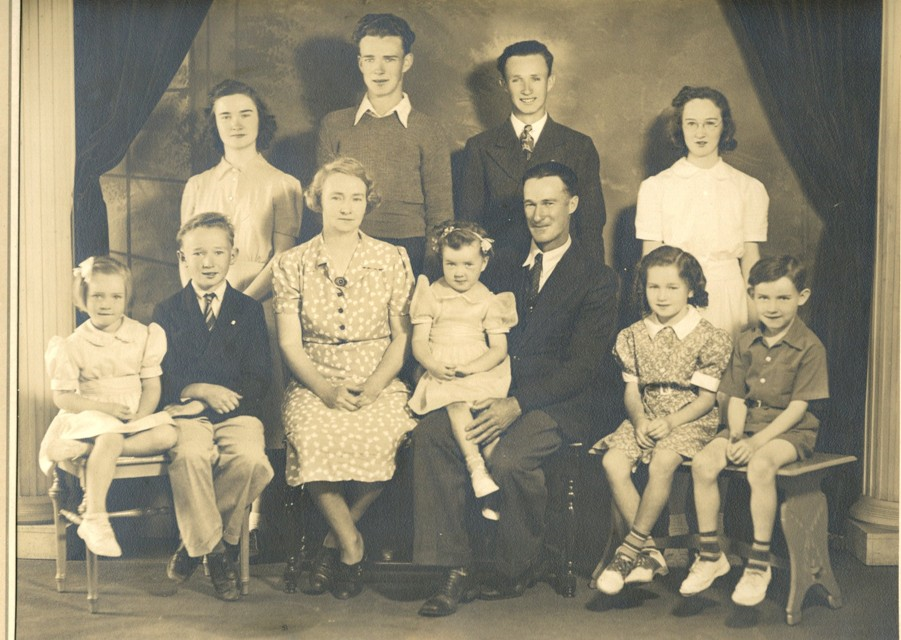 Father, Mother brother Jim and sisters of Francis Turner. Mr Turner in the back row on the right