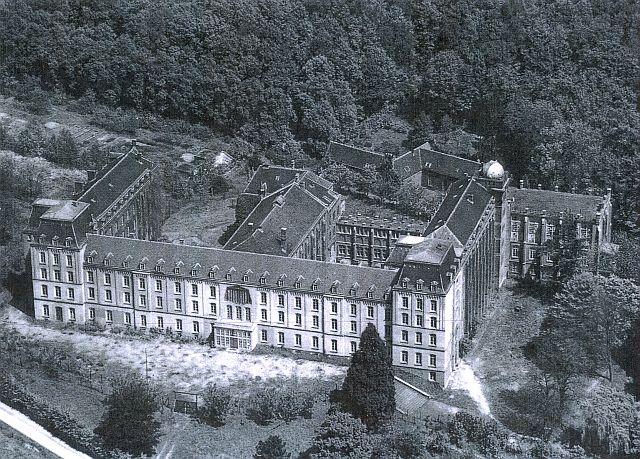 "91st Evacuation Hospital Valkenburg, Holland in the ""SS HitlerJugend Reichshule"""