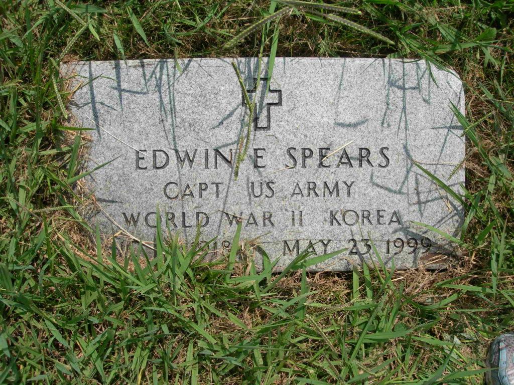 Grave LT Edwin E Spears (FindAGrave.com)