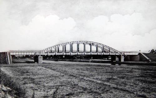 Albertkanaal boogbrug Stokrooie