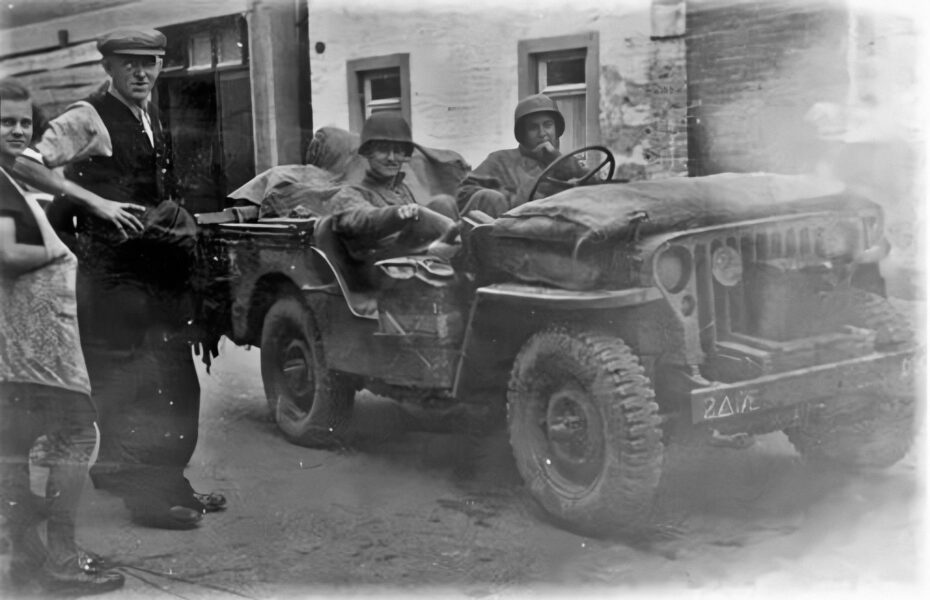 17th Engineer Jeep on tuesday afternoon on september 19, 1944. Taken at President Rooseveltstraat, Schinveld, Holland, with local civilians Joseph Zillen and Lies Joosten (source ww2inLimburg.com)